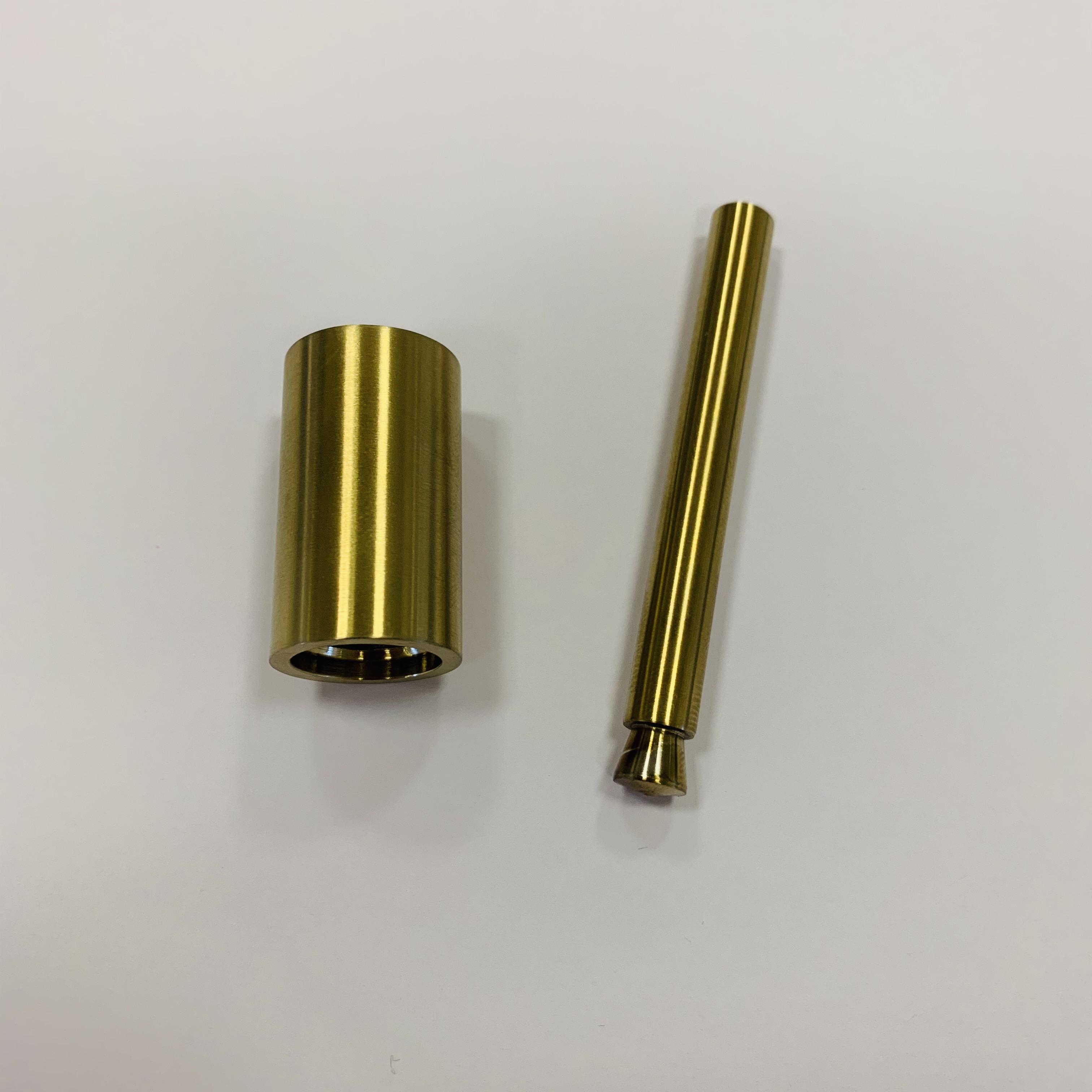 Nivito RH Brass Details