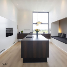 Black Kitchen Mixer Tap - Nivito 41-RH-320