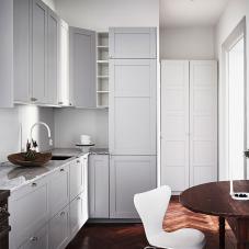 White kitchen tapware